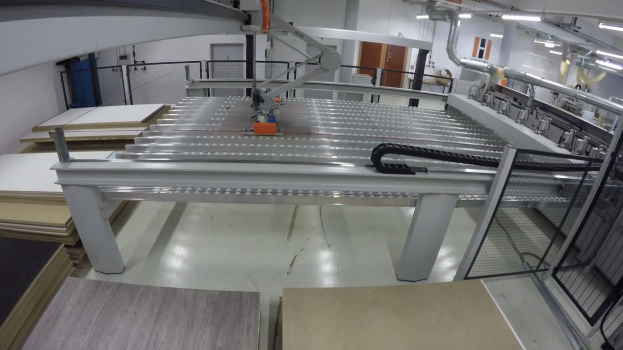 Video applicativo magazzino pannelli STORE-MASTER 5110 di HOLZHER
