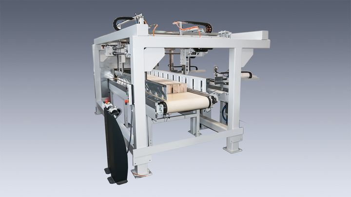 picture of an automatic packet assembly